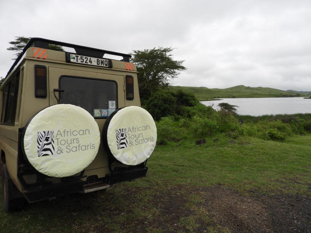 African Tours & Safaris jeep