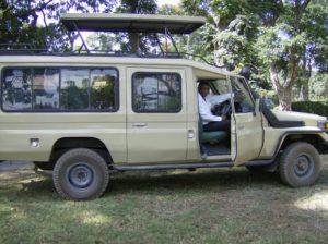 African Tours & Safaris Safari jeep